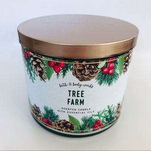 NEW BBW Tree Farm Candle